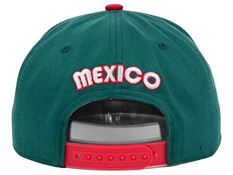 1f5dbdd71d5 Amazon.com  Domo Soccer Team Mexico Fifa Snapback Hat Adult Sized  Clothing