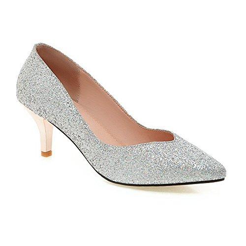 Allhqfashion Mujer's Pull-on Lentejuelas Acentuadas Cerrado Kitten-heels Solid Bombas-zapatos Plata