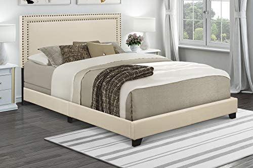 Pulaski Nailhead Trim in Cream, 85.25 L x 64.25 W x 49.50 H Upholstered Queen Bed,