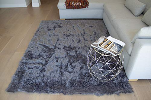 (Dark Gray Dark Grey Charcoal Slight Metallic Silver Two Tone Colored 6x9 Solid Plain Faux Sheepskin Animal Hide Sheep Hide Lambskin Natural Feel Fluffy Furry Plush Modern Contemporary-Fur Shaggy Gray)