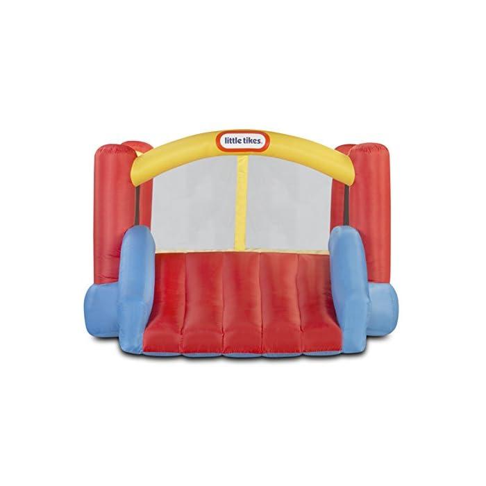 41J229koS L Los niños pueden saltar, deslizarse y rebotar en este inflable inflable de Little Tikes Jump 'n Slide Bouncer. Un divertido diseño de casa hinchable ofrece una gran área para varios niños y un divertido tobogán. El Jump'n Slide Bouncer se infla en minutos y se pliega de forma compacta para un fácil almacenamiento.