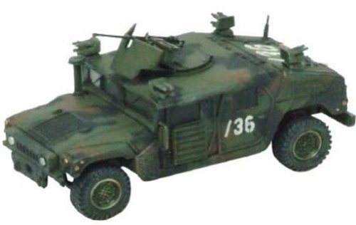 Dragon Armor HMMWV M1114 1:72 scale (1-36 Infantry 1st Armored Division Baghdad 2004)