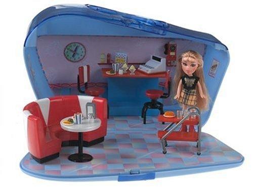 Lil Bratz Lifestyle Diner with Nazalia Doll