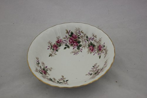(Royal Albert Lavender Rose 5-1/4 Fruit/Berry Bowl)