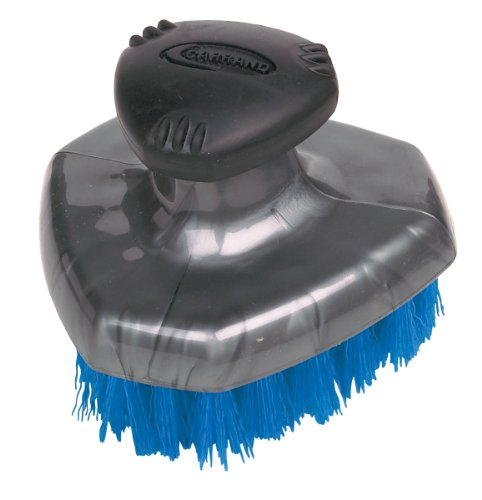 Carrand 92014 Grip Tech Deluxe Tire Brush with Flow-Thru Pole Thread