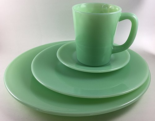 Plain & Simple - Bread/Salad / Dinner Plates & Coffee Mug - Mosser Glass USA - 4 Piece Tableware Setting (Jade)