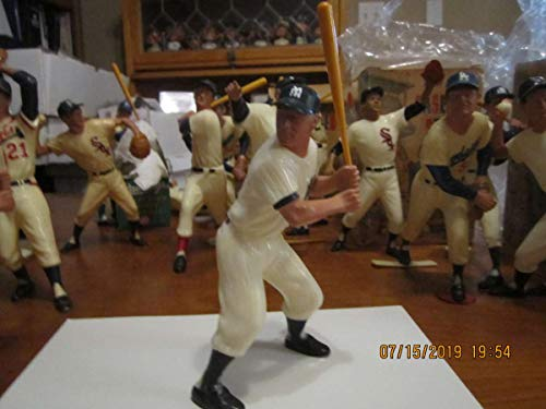 original 1958-1962 Mickey Mantle Yankees white Hartland statue