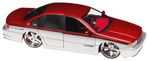 Jada Toy 1/18 Dub City 1996 Chevy Impala Ss Red & Silver #63267