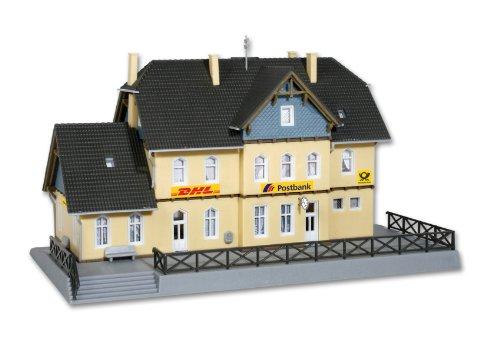 Z Scale Post Office -