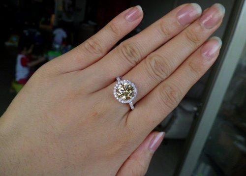 Luxury 3 Carat Cushion Cut Simulated Diamond Rings For Women Nscd