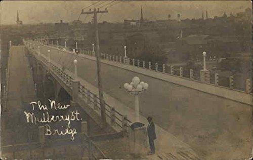 The New Mulberry Street Bridge Harrisburg, Pennsylvania Original Vintage ()