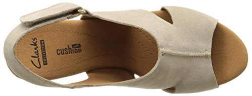 Clarks Womens Helio Float Sandalo Con Zeppa Sabbia Scamosciata
