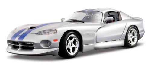 bburago-2011-gold-118-scale-silver-dodge-viper-gts-coupe