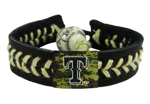 Bracelet Gamewear (GameWear 4421400585 Texas Rangers Camouflage Baseball Bracelet)