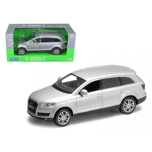 Audi Diecast Cars (Welly 2009 Audi Q7 1/24 Diecast Model Car Silver)