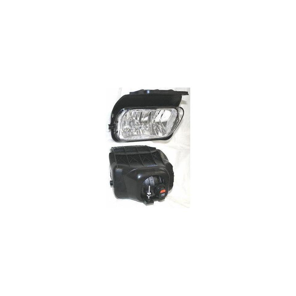03 04 CHEVY CHEVROLET SILVERADO PICKUP FOG LIGHT RH (PASSENGER SIDE) TRUCK, Assy, w/o Decor Pkg. (2003 03 2004 04) C107507 15190983