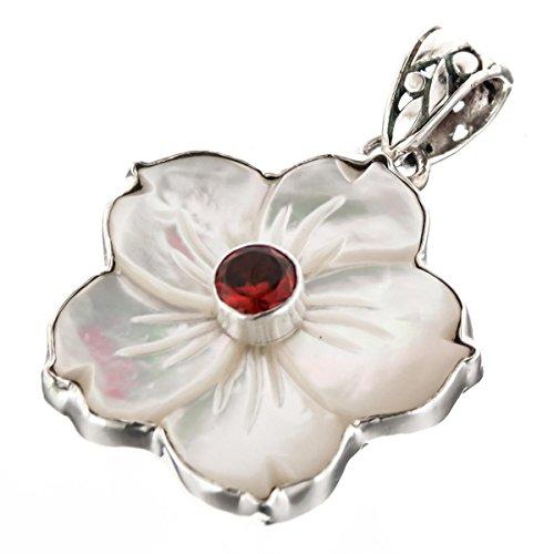 (White Mother of Pearl Flower Shell Garnet 925 Sterling Silver Pendant, 1)