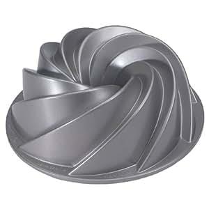 Nordicware Commercial Heritage Bundt Pan Heavy Duty Cast Aluminum. Teflon Non-stick Coating. 10 cup capacity