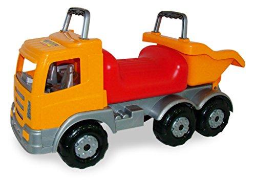 LKW mit Kipper und Sitzgelegenheit