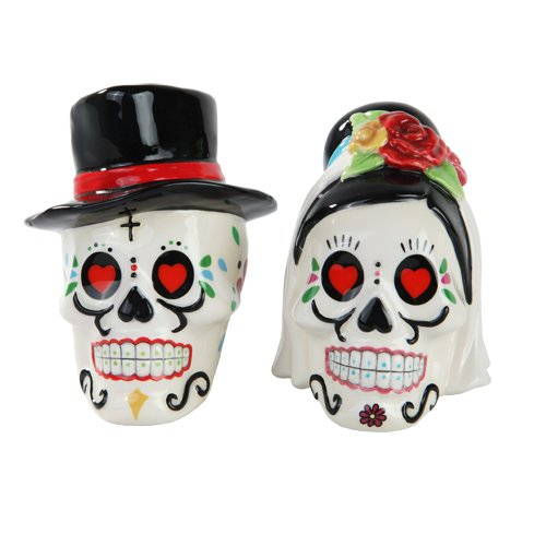 Day of the Dead Bride and Groom Skulls Ceramic Salt and Pepper Shakers ()