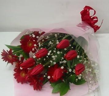 Amazon チューリップ\u0026ガーベラの花束【赤系】 花束 オンライン通販