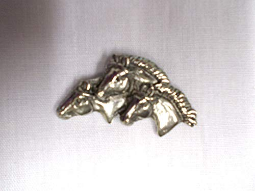 New Cow Strong Trio of Horse Heads Pendant ADJ Necklace Equine ()