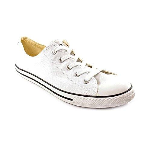 Converse Women's Chuck Taylor Dainty Low Top Sneaker White 5.5
