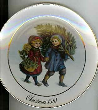amazoncom 1981 avon christmas plate home kitchen