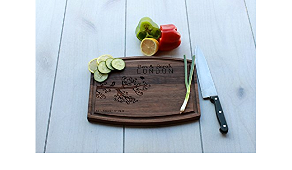 Etchey Personalized Arched Walnut Cutting Board Ben Sarah London Style Amazon Ca Home Kitchen