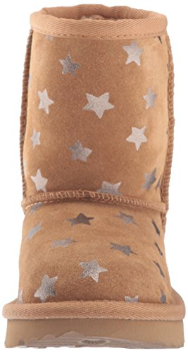 UGG Girls T Classic Short II Stars Pull-On Boot, Chestnut, 7 M US Toddler by UGG (Image #4)