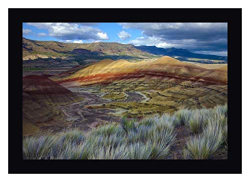 Oregon, John Day Fossil Beds NM, Painted Hills by Jean Carter - 27