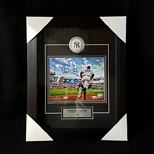 Aaron Judge Autographed Signed New York Yankees Frame Dug Out With Ball Box 17 X 24 X 5 - Authentic Memorabilia (Dugout New York Yankees Authentic)