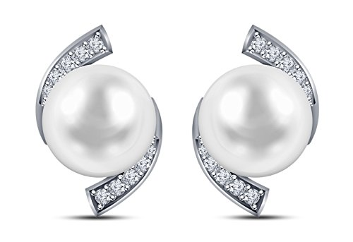 9 mm Freshwater Cultured Pearl and 0.15 carat total weight diamond accent Earring in 14KT White Gold