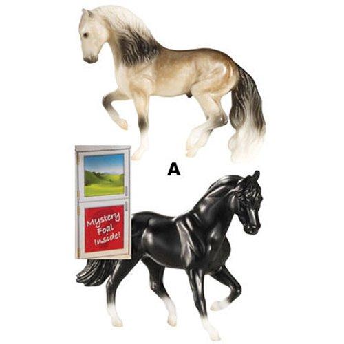 Breyer 5938 Mystery Foal Assorted Styles 3 - Deluxe Halter Breakaway
