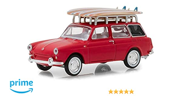 1962 VOLKSWAGEN TYPE 3 SQUAREBACK WITH SURFBOARDS RED 1//64 BY GREENLIGHT 97050 A