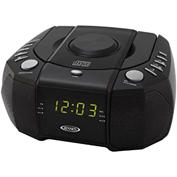 sylvania alarm clock radio with cd player and usb charging home audio theater. Black Bedroom Furniture Sets. Home Design Ideas