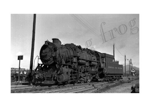 Norfolk & Western 2-8-0 steam locomotive #257 5x7