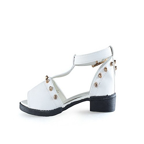 VogueZone009 Girls Open Peep Toe Low Heel PU Soft Material Solid Sandals with Studded Rivet White t05QR