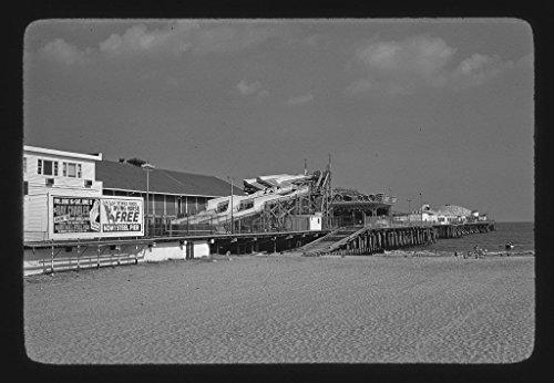 8 x 12 BW Photo of: Steel Pier, Atlantic City, New Jersey 1978 Roadside America Margolies, John, photographer 76r -