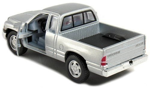 - New 1:44 KINSMART DISPLAY - SILVER COLOR DODGE RAM PICKUP TRUCK Diecast Model Car By KINSMART