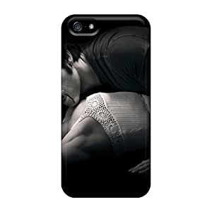 JessyLoisel Scratch-free Phone Cases For Iphone 5/5s- Retail Packaging - A Vampire Kiss
