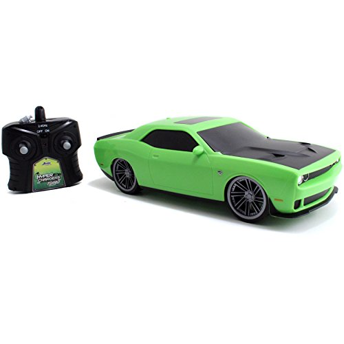 Dodge Challenger Costume (Hyper Charger Remote Control 2.4Ghz Dodge Green 2015 Challenger)