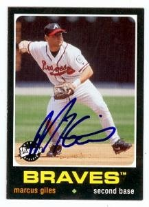 Autograph Warehouse 75211 Marcus Giles Autographed Baseball Card Atlanta Braves 2002 Upper Deck Vintage No .139
