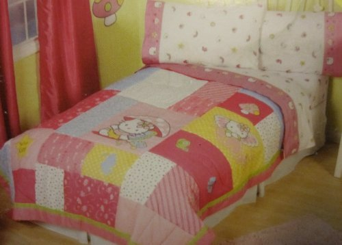 SANRIO Hello Kitty Kitty Wings Twin/Full Quilt