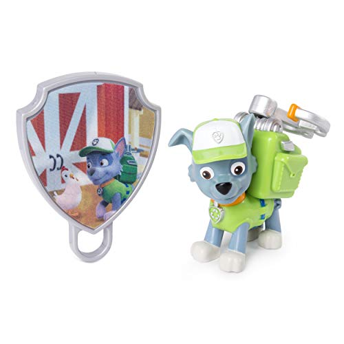 Paw Patrol - Action Pack Rocky with Extendable Hook & Collectible Pup Badge