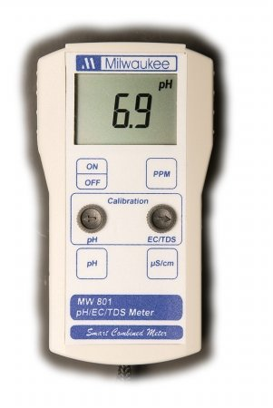 Milwaukee Instruments MW801 Standard Portable pH/Conductivity/Tds Combination Meter, 0 Degree C To 50 Degree C Temperature Range, 0.1 pH Resolution ()