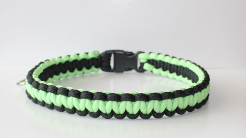 "SENC Glow In The Dark 550 Military Spec Paracord Survival Dog Collars (Green / Black, 12"" - Buckle Tip to Buckle Tip)"