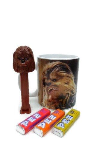 (Star Wars Chewbacca Mug and Candy Gift Set)