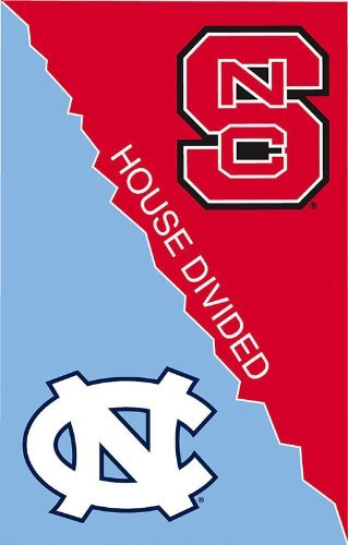 NCAA North Carolina Tar Heels (UNC)/North Carolina State Wolfpack House Divided Garden Flag