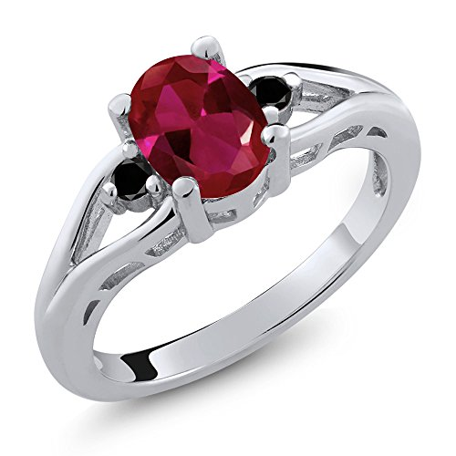 Gem Stone King 1.22 Ct Oval Red Created Ruby Black Diamond 925 Sterling Silver 3 Stone Ring (Size 7)